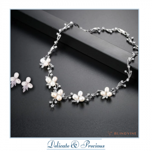 Pearl Necklace from Blingvine