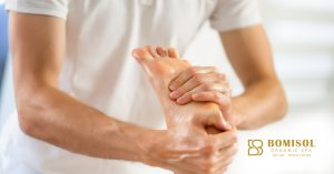 Calm, relaxing Studies shows that patients who received foot massages after bypass graft surgery experienced higher levels of calm and feelings of psychological wellbeing than the others who not received massages. This proves that a foot massage from reflexologist can decrease stress and anxiety, promoting relaxation in everyday life.  Improves circulation Massaging your feet greatly improves blood circulation which helps in healing and keeps your tissues healthy. There are points on the feet that reflect body health, reflexologists apply pressure on these points to initiate positive response in the corresponding area of the body.  Relief from injuries Foot massage decreases healing time for injuries as well as escape us from swelling of injuries and illness. Also I minimize the risk of further injuries by making your feet more flexible and stronger.  Reduces anxiety Applying pressure on specific points of the foot that are linked to proper functioning areas of the body will escape us from anxiety and stress. It brings us to a stage of complete relaxation so this can also aid people who suffer from depression.  Promotes sleep Massaging your feet before going to bed this will help you to get a better sleep than other days. Four minutes massage for each foot is enough to relax your nerves, improve circulation and unwind the body.  We at Bomisol offer foot massages for 30-45 minutes using natural aroma oils. We have trained reflexologists who can deliver best results in any case, for more information enquire us at cochin@bomisol.com or call us on 894 3333 984